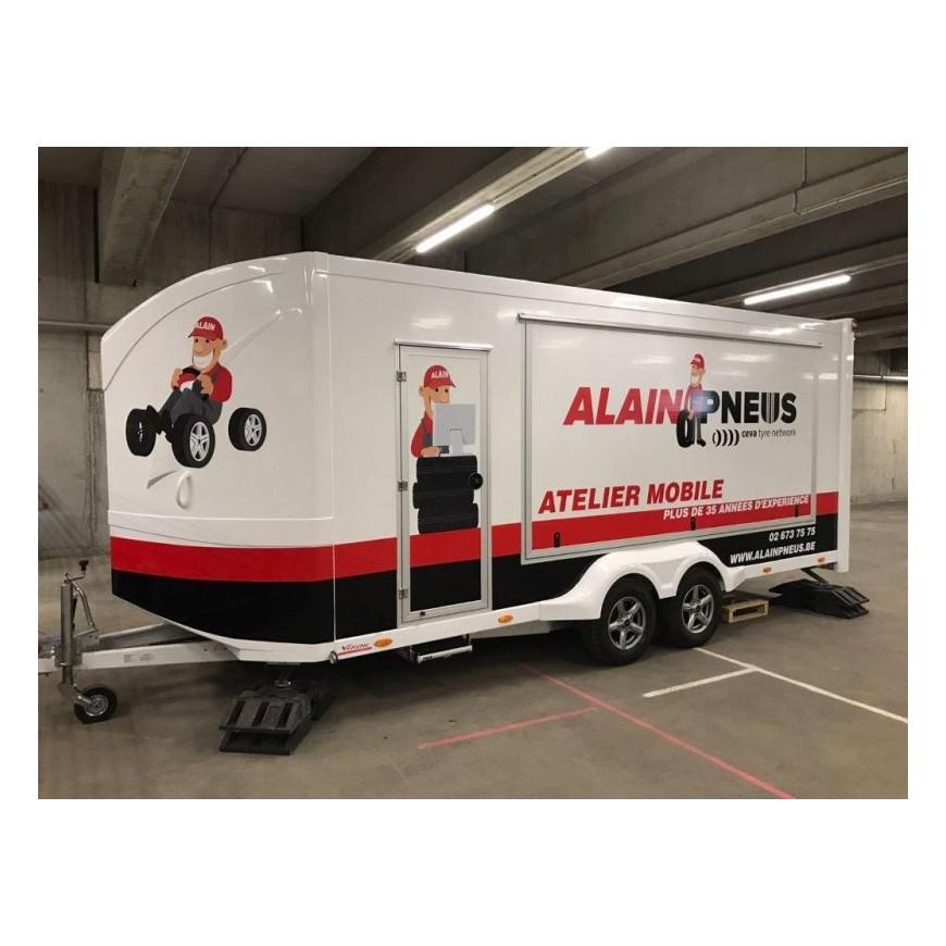 remorque pour le service pneus le service pneus mobile. Black Bedroom Furniture Sets. Home Design Ideas